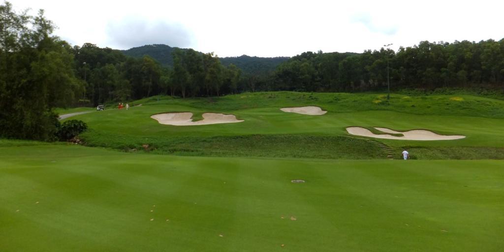 Hole 3 Olazabal Course