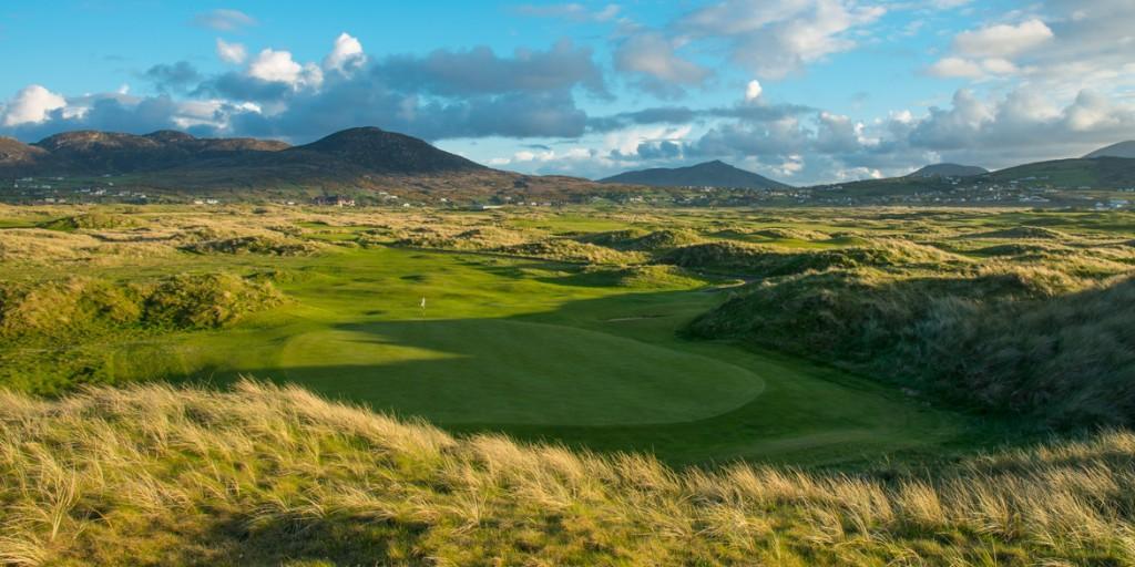 Ballyliffin Golf Club (Glashedy Links): 11th green