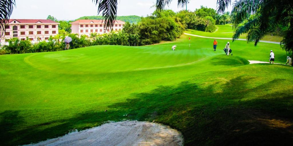 Hole 17 Long Thanh GC Hill Course