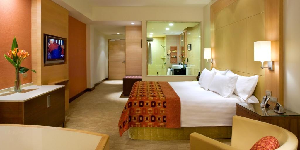 Club King Room: Pan Pacific Perth