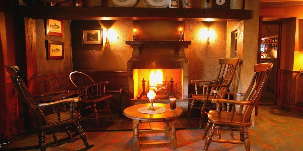 Fireplace: Bushmills Inn