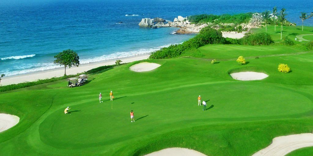 Hole 10 Ria Bintan Ocean Course