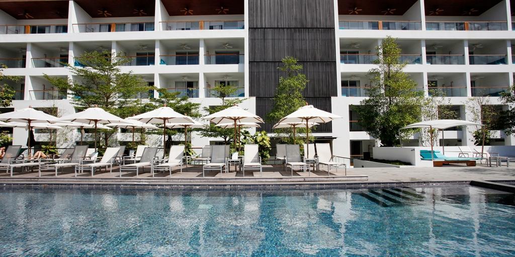 Swimming Pool: The Nap Patong
