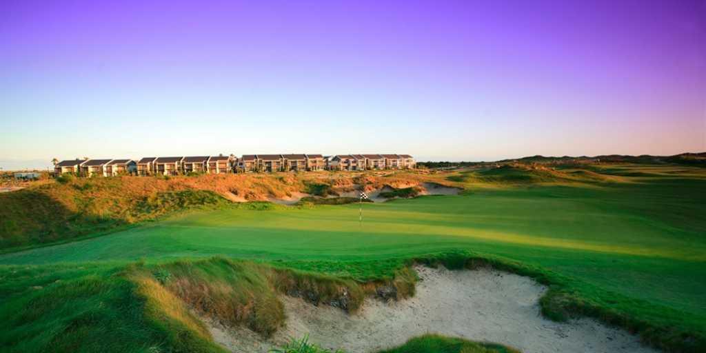 Luxury Golf Resort: Pullman Magenta Shores